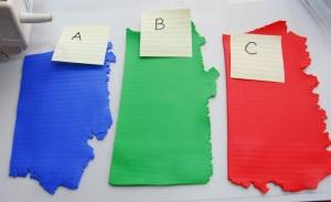 Pour ma canne plaid je utiliser le bleu (couleur A), vert (couleur B), et le rouge orange (couleur C). J'utilise environ 4 onces de chaque couleur, pour un total de 12 oz