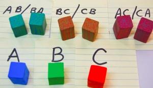 """Je puis le couper en carrés colorés combinaison de moitié. Comme vous pouvez le voir, j'ai maintenant un total de 9 blocs qui sont 1/2 """"carré et 1"""" de longueur"""
